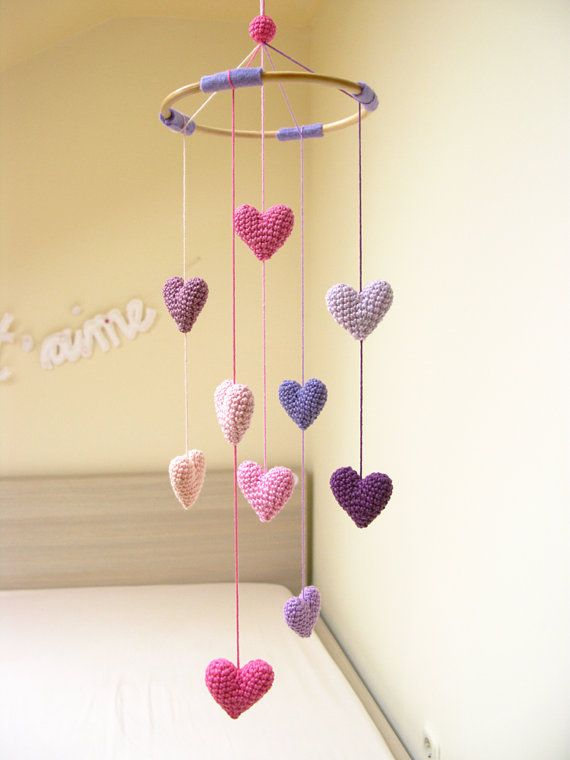 This lovely heart baby mobile (nursery mobile, crib heart mobile) in any shades that you love is perfect for baby shower gift for girls, room