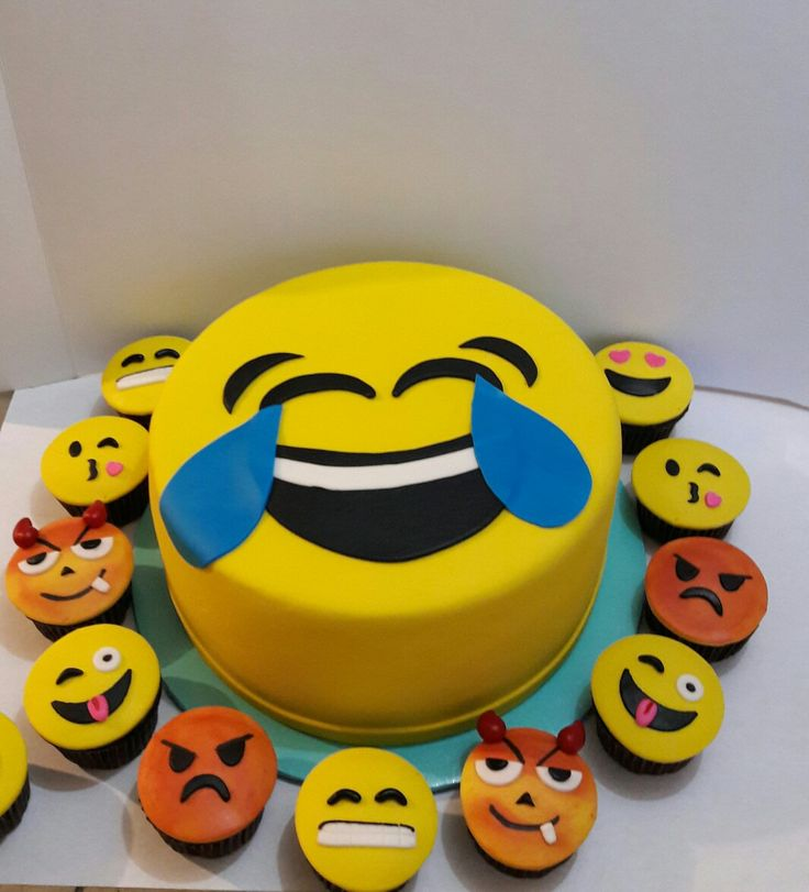 Pastel de Emojis