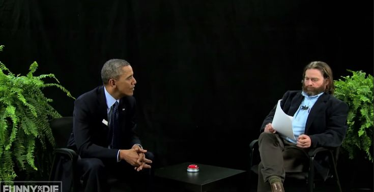 Between Two Ferns, bekijk hilarische interviews met Obama, Justin Bieber, Bruce Willis, Bradley Cooper met big fat baby Zach Galifianakis!