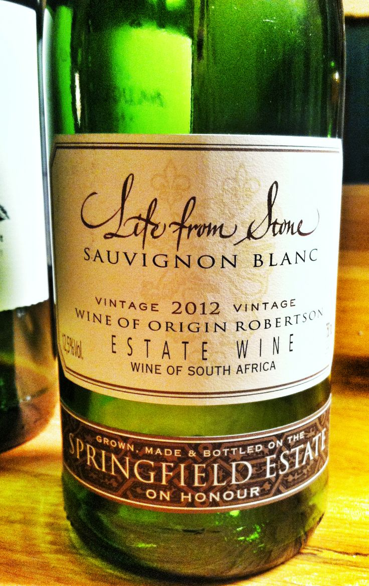 »Life from Stone« gets our vote for best sauvignon blanc ever. Brought to you by Springfield Estate in the Breederivier valley in South Africa