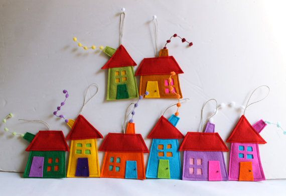 House ornament, Set of eight, Felt House decoration , Decoration for wall hanging. Holiday gift.