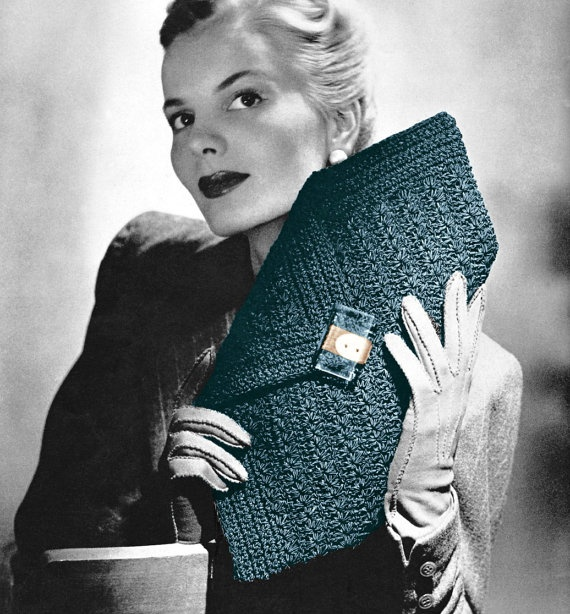 A dramatic vintage 40's clutch purse to crochet