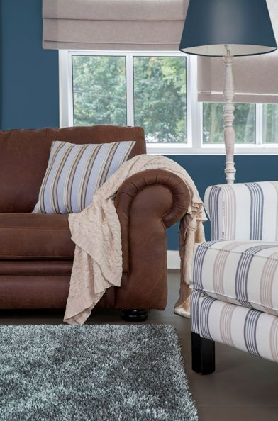 Leather couch | Rochester Furniture