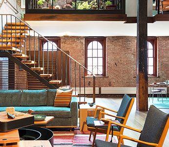 Лестница на второй этаж (120 фото): современные варианты оформления в частном доме