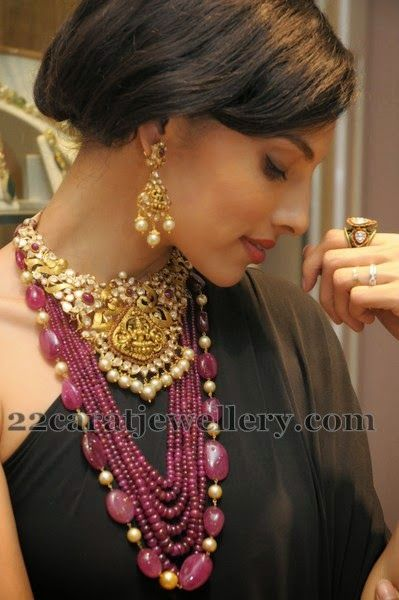 Jewellery Designs: Pachi Work Lakshmi Set