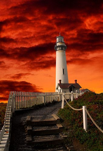 Red Sky. Pigeon Point Lighthouse about 40 miles south of San Francisco. By *Allen59