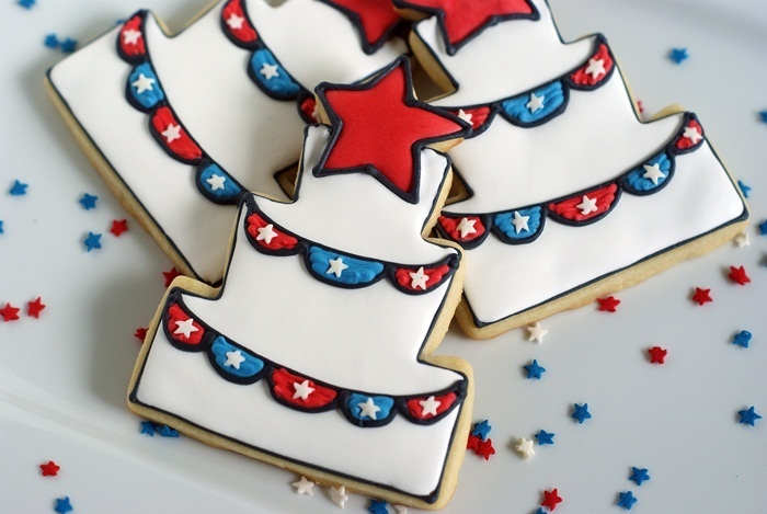 A fourth of July cookie cake?  From Bake at 350: Happy Birthday, America!!!