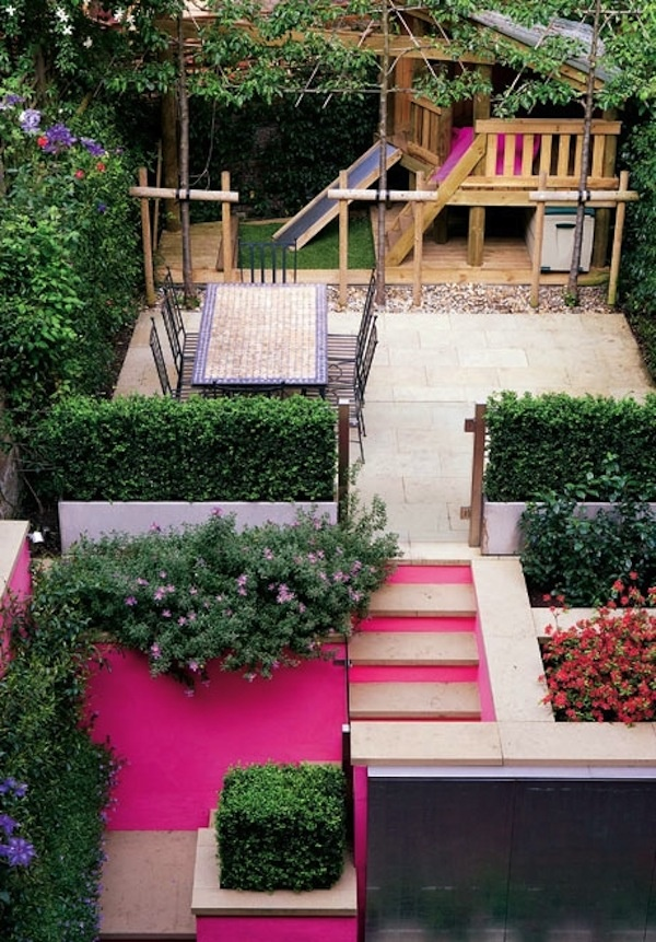 Pops of Pink: Small Yard, Color, Small Backyard, Hot Pink, Pink Wall, Plays Area, Small Gardens, Small Spaces, Pink Accent