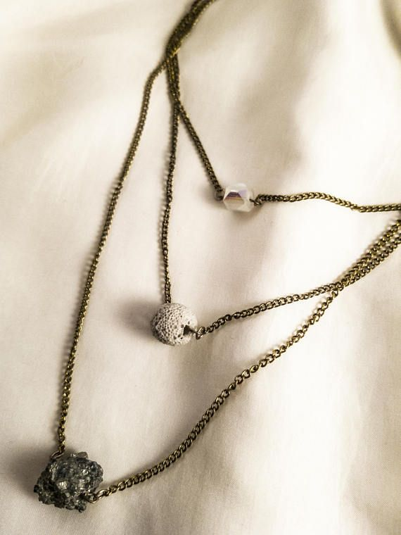 Delicate natural stones necklace