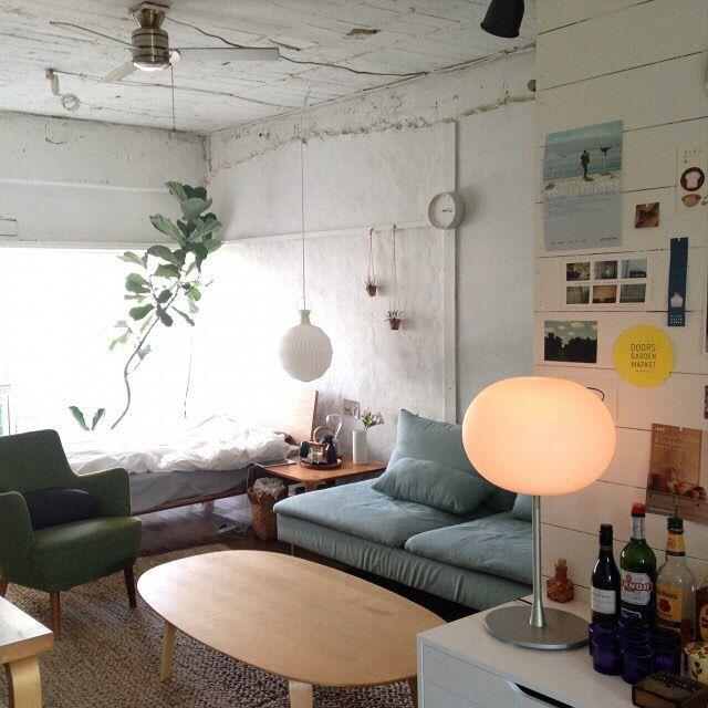 『大きなワンルームの部屋』大きなワンルームを家具でゆるやかに仕切る Photo:towa(RoomNo.13813) #RoomClip#ルームクリップ#インテリア ▶︎この部屋のインテリアはRoomClipアプリからご覧いただけます。アプリはプロフィール欄から #interior#myhome#instahome#homedecoration#homestyling#style#styling#dailyinterior#homeinspiration#interiordecor#decoration#ikea#リビング#ワンルーム#ソファ#無印良品#レクリント#ベッド#照明#ローテーブル#イケア#部屋#日常#くらし#日々#マイルーム#模様替え