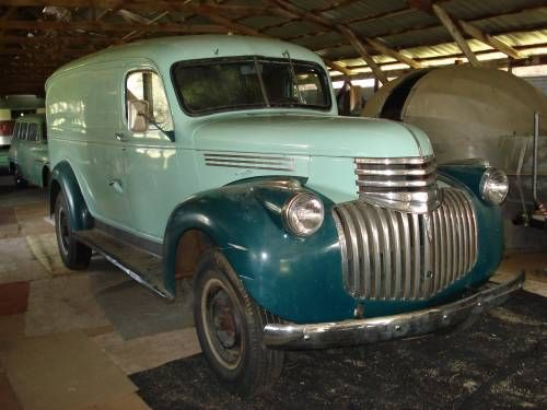 1946 Chev. panel trailer tow rig