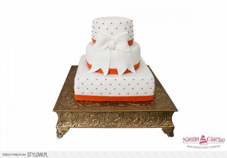 Biało-pomarańczowy tort weselny, tort z kropkami, tort z kokardą, wesele, Tarnów