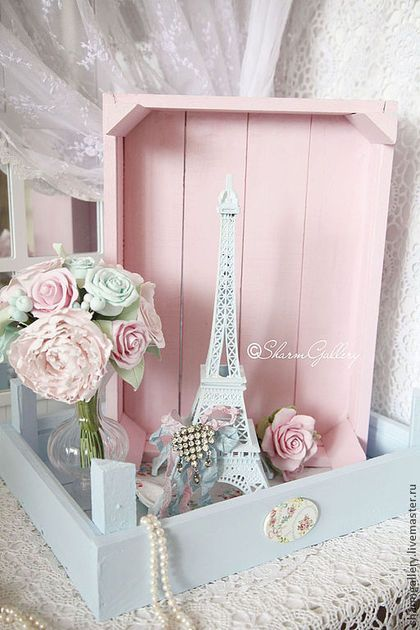 Shabby Blue And Pink Wooden Boxes.   Interior Decor Luxury Style Ideas    Home Decor Ideas
