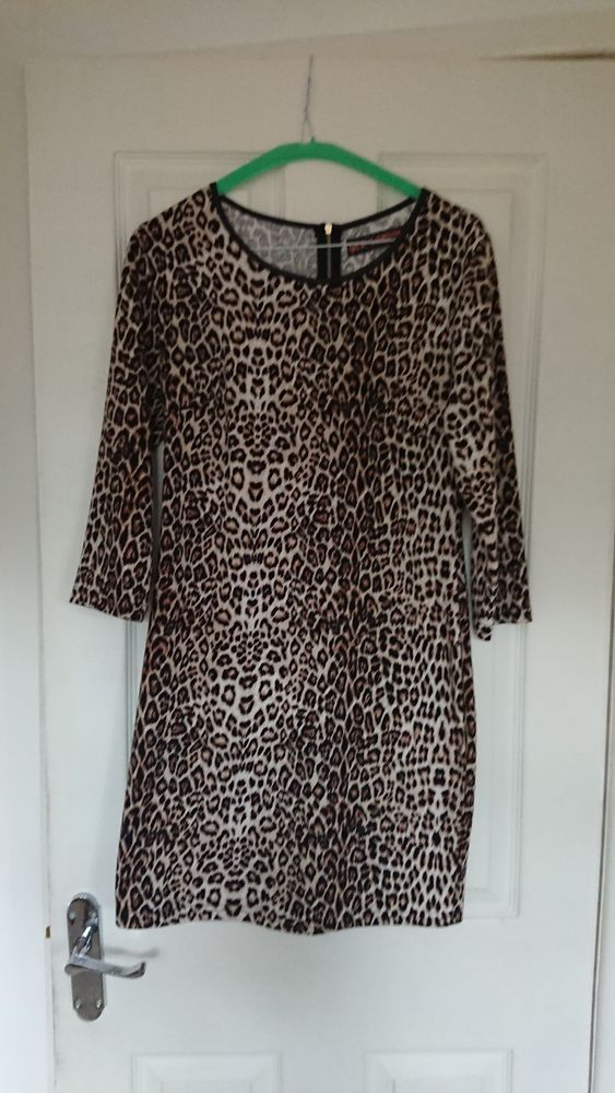 0310c73bbeaf3 Leopard print dress with zip detail QED London Size 12. Worn once