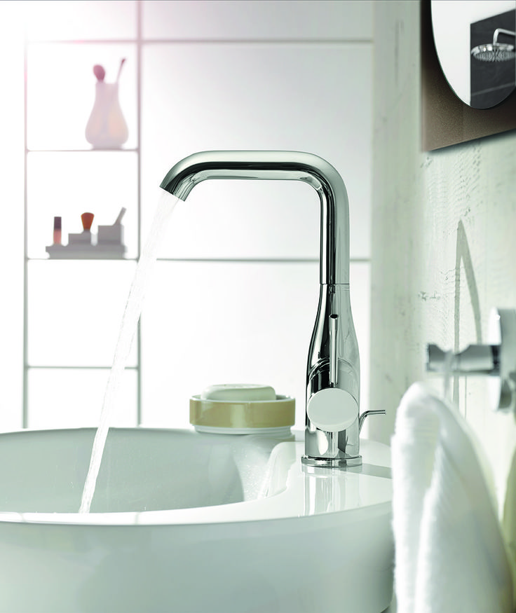 Find a perfect match with rounded, organic ceramics with a slim single-mixer basin faucet for a bathroom scheme with a light touch. GROHE Essence lets you find the perfect balance #basin #faucet #organic http://www.grohe.co.uk/en_gb/bathroom-collection/mixer-taps-essence.html
