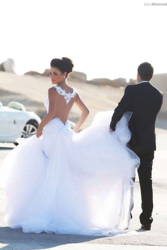 I love the back and the poofiness of the dress :)