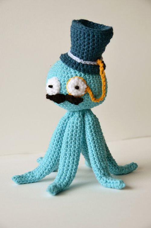Octopus like a Sir amigurumi pattern by The Flying Dutchman Crochet Design