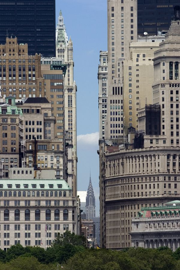 NYC, urban walls and canyons.