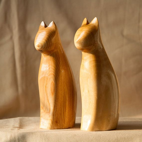Best 25+ Wooden figurines ideas on Pinterest | Carved ...