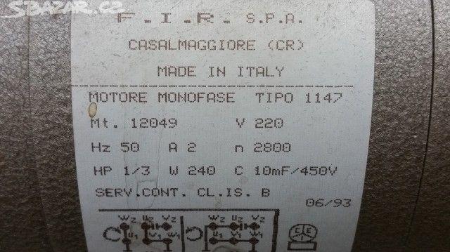 Šicí stroj MINERVA M 113 . Průmyslový - obrázek číslo 10