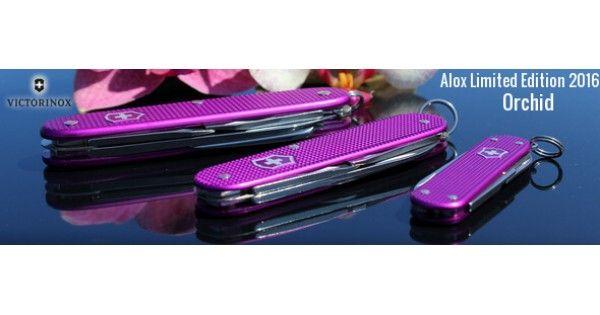 Victorinox Alox Limited Edition 2016 Orhid blev produceret i 2015. For første gang nogensinde, består årsmodellen fra Victorinox faktisk af intet mindre end hele tre lommeknive!  Victorinox Classic (58 mm), Victorinox Cadet (84 mm) og Victorinox Pioneer (93mm). En violet orkidé præger og kendetegner