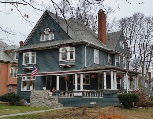 47 best old house colors images on pinterest for Classic house colors