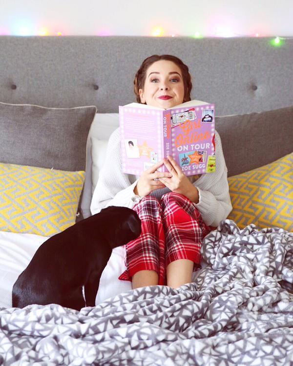 Zoella - Girl Online On Tour