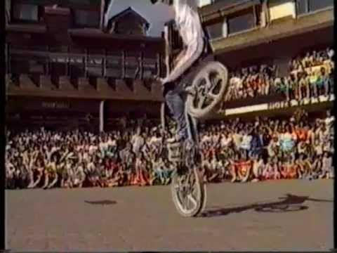 ▶ Old School Freestyle BMX - YouTube