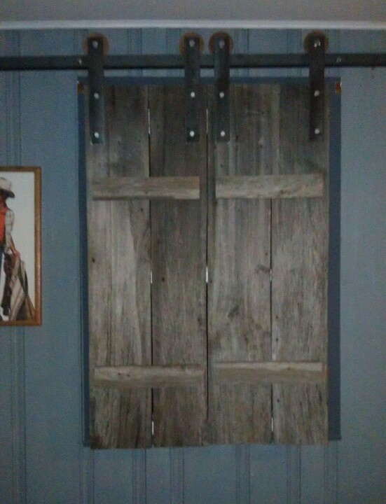 Very Cool Barn Wood Shutters Primitive Decorating Ideas