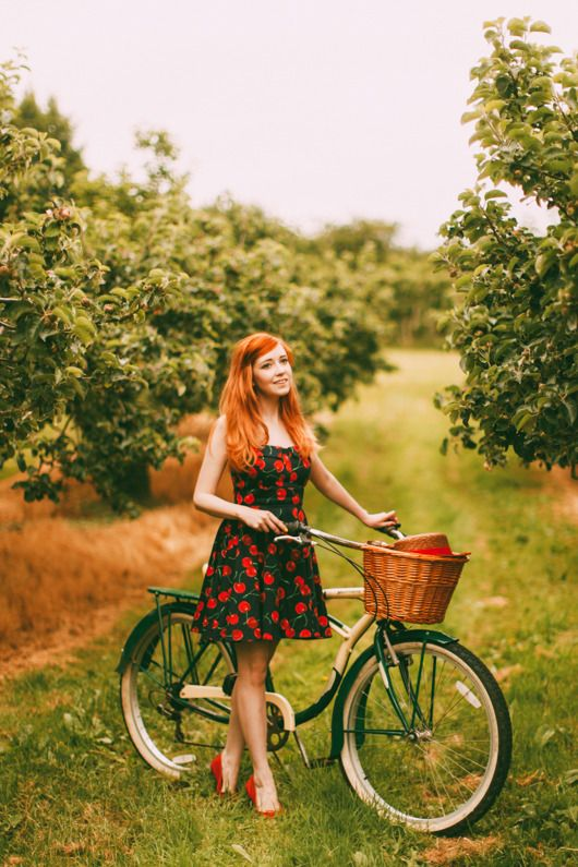 Rebecca Of Clothes Horse Blog: Quirky And Retro Inspired Fashion