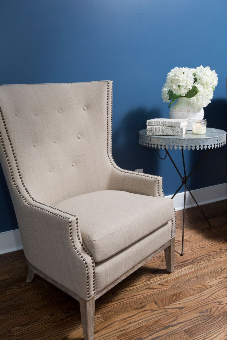 "As seen on HGTV's ""Fixer Upper,"" Thursdays 11/10c--> hg.tv/10wdg: Blue Wall Colors, Decor Ideas, Hgtv S Fixer, Colors Schemes, Furniture Decor, Chairs Colors, Dressers Decor, Hgtvs Fixer, Fixer Upper"