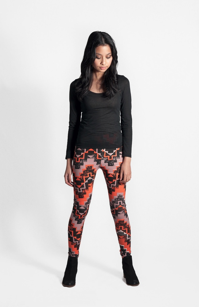 Wanderer Leggings Sundown  FEATURES   • Winter wardrobe essential   • Designed and made in Melbourne   • Screen printed by hand using techniques that enhance the irregularity and personality of each print   • Warm high-quality made in Australia fabric