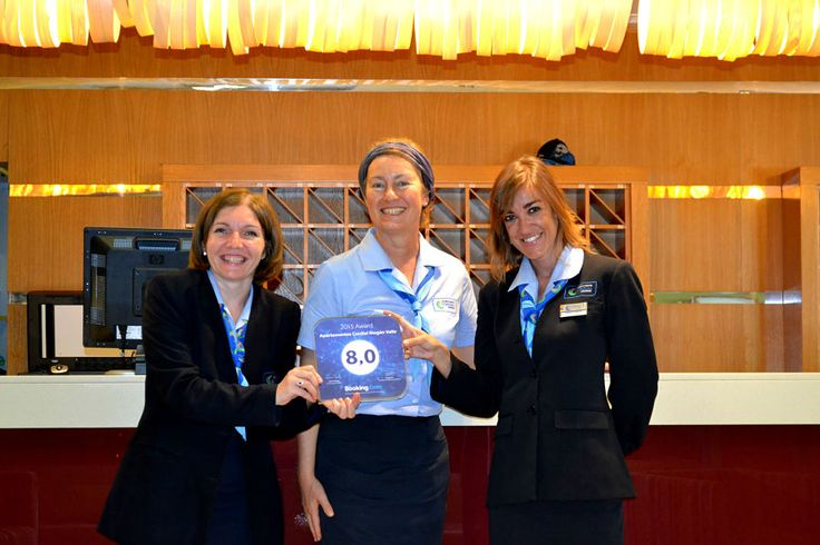 Booking.com, a worldwide leader in online accommodation bookings, has awarded #CordialMogánValle with the Guest Review Award 2015 for being one of the best rated accomodations by its guests. Many thanks to all of you!