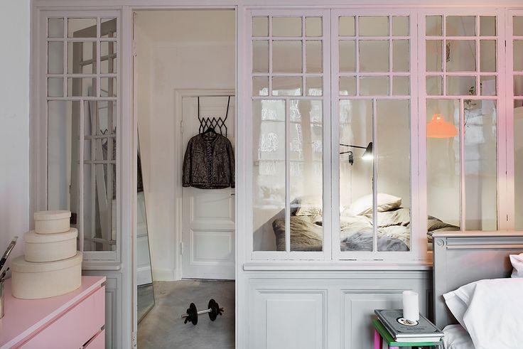 une jolie chambre avec verrière !