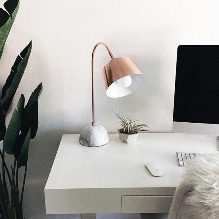 cheap comment choisir votre lampe de bureau designalina leroy merlin with lampadaire salon leroy. Black Bedroom Furniture Sets. Home Design Ideas