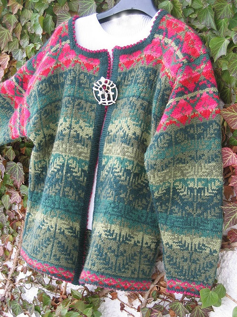 one of the most beautiful sweaters I have ever seen .......................................................