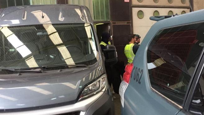 Registro de la Guardia Civil en la empresa Artyplan de Sant Feliu de Llobregat