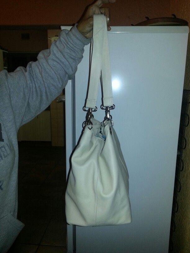 Genuine leather bags by ny mom Salome Hendricks