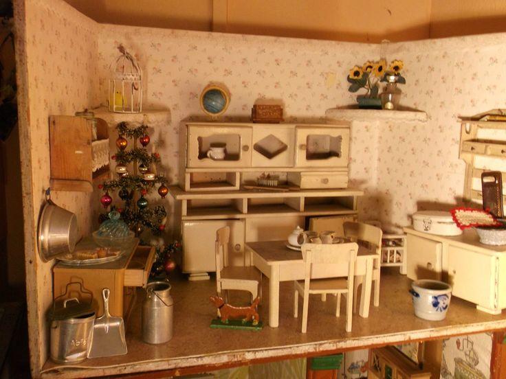 herrliche alte puppenstube uralte einrichtung antike puppenk che tannenbaum 30er in antiquit ten. Black Bedroom Furniture Sets. Home Design Ideas