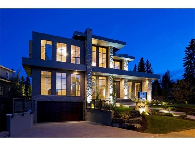 Calgary Real Estate: 4248 Britannia Drive Sw T2S 1J3