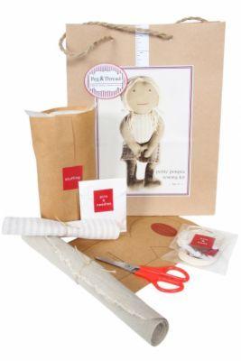 Jamtin - Petite Poupee Sewing Kit