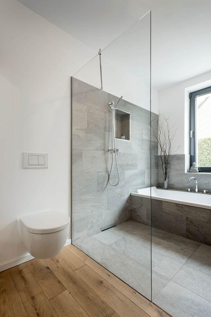 Umbau und aufstockung wohnhaus aus den 50er jahren: badezimmer von sophisticated architecture fietzek von dreusche partnerschaft gmbb,modern
