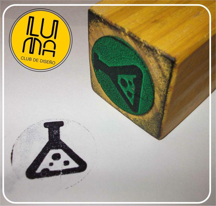 Creá #sellos en #goma #eva con corte y grabado láser. http://www.lumaclub.com.ar