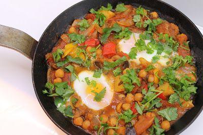Ninnin Köökki: Shakshuka - Eggs in fiery veggie stew