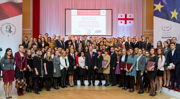 Family photo of the graduates of the 10th edition of the Academy of Young Diplomats.