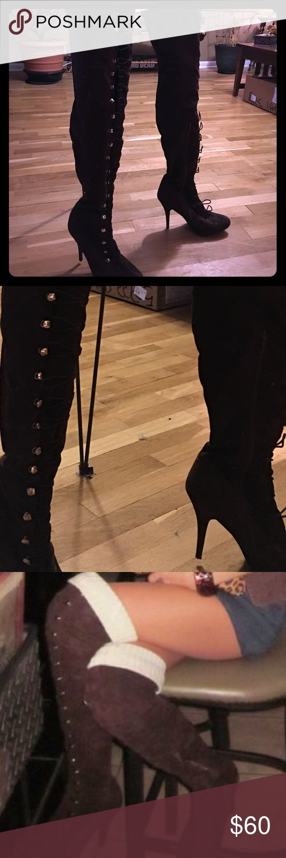 """👢 Thigh High Boots •EXCELLENT CONDITION• WORN TWICE• NO SCUFFS OR FLAWS• OFFERS WELCOME• Sexy brown suede thigh high boots, stretch and clasp to fit all leg sizes. I called them my """"pretty woman"""" boots 💋 Shoes Over the Knee Boots"""