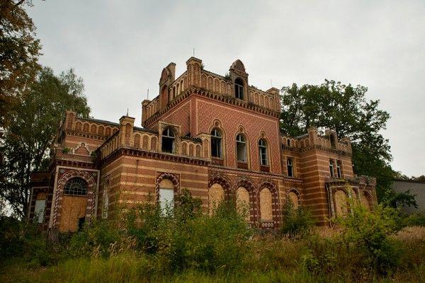 Gentzrode, Neuruppin, Brandenburg, GermanyMansions Ruins, Abandoned Neighborhood, Brandenburg Germany, Abandoned Old Buildings, Abandoned Military, Abandoned Site, Abandoned Beautiful, Abandoned Mansions, Abandoned Places