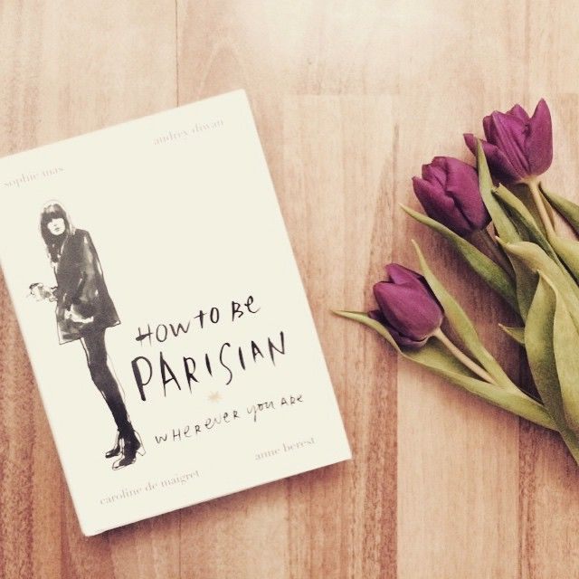 http://ejnets.blogspot.cz/ ❤️ #howtobeparisian #book #stylebook #bookworm #reading #style #carolinedemaigret #howtobeparisianinprague #prague #stylish #tulips #flowerpower #beauty #instagram