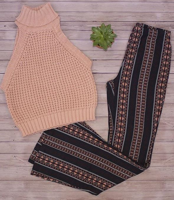Tribal Print Knit Flare Pant