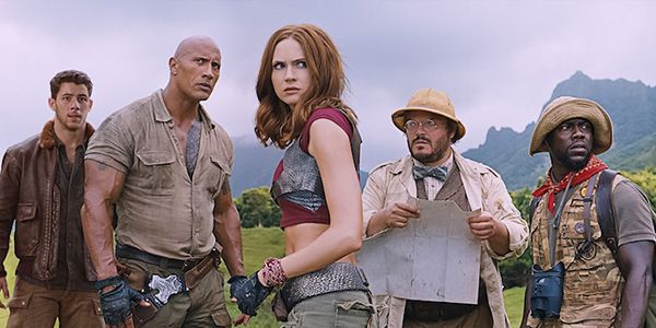 Watch The Rock Lip Sync Welcome To The Jungle For The New Jumanji Movie #FansnStars